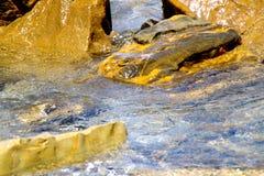 Утесы и гонт, вода и морские моменты 6 Стоковое Изображение