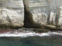 Утесы и скалы камней на море в Rosh Hanikra Израиле Стоковая Фотография