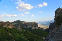 Утесы на которых монастыри Meteora стоковое фото