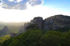Утесы на которых монастыри Meteora стоковое изображение rf