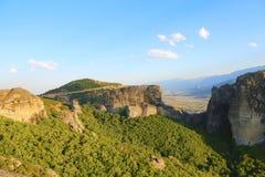 Утесы на которых монастыри Meteora стоковое фото rf