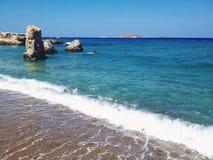 Утесы на пляже Стоковые Фото