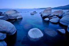 утесы озера Стоковое Фото