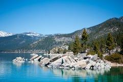 утесы озера стоковое фото rf