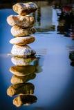 утесы отражения Стоковая Фотография RF