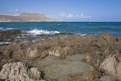 утесы пляжа полные Стоковые Фотографии RF