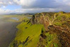 Утес в Исландии Стоковые Фотографии RF
