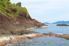 Утес в море Таиланде Стоковая Фотография