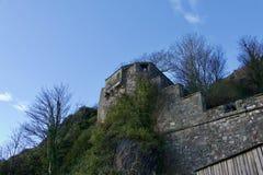 Утес и замок Дамбартона стоковые фотографии rf