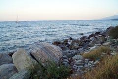 Утес и море Стоковые Изображения RF