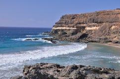 Утес и океан Стоковое Фото