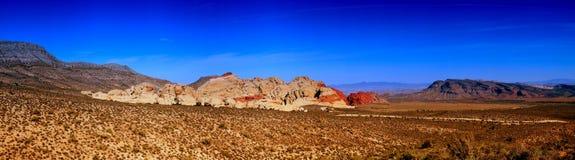 утес красного цвета панорамы каньона Стоковые Фото