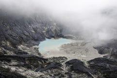 Утес на горе вулкана Стоковые Фотографии RF