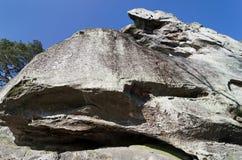 Утес песчаника в лесе Фонтенбло Стоковая Фотография RF