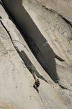 утес стороны альпиниста Стоковые Фото