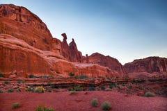 Утес ферзя Nefertiti сгабривает национальный парк Moab Юту Стоковые Фото
