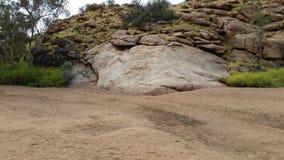 Утес Alice Springs куда оно получило свое имя Стоковое Изображение RF