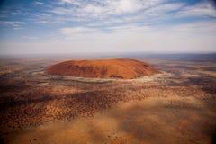 Утес Ayers от воздуха стоковая фотография