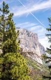 Утес El Capitan в национальном парке Yosemite, Калифорния Известный естественный ориентир ориентир США Стоковые Фото