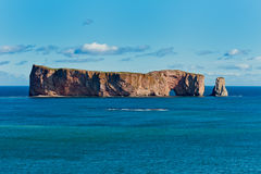 Утес Perce, известное место в Gaspe Стоковые Фотографии RF
