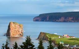 Утес Perce - Квебек, Канада Стоковая Фотография RF