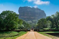 Утес Sigiriya или утес льва, Шри-Ланка стоковые фотографии rf