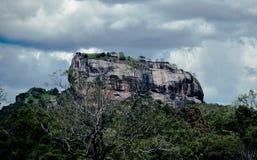 Утес Sigiriya Стоковая Фотография RF
