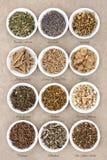Утихомиривающ и выбор травы спать стоковые фото