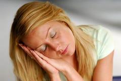 утомленная женщина Стоковые Фотографии RF