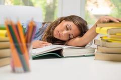 Утомленная девушка студента Стоковые Фото