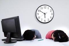 Утомленные 2 бизнесмены Стоковое Изображение RF
