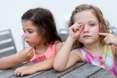 Утомленные девушки стоковое изображение