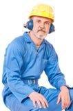 Утомленный взрослый работник стоковые фото