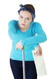 Утомлянная и вымотанная женщина чистки Стоковые Фото