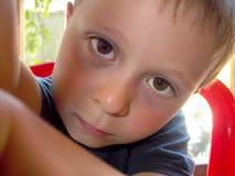 утомлянный мальчик Стоковые Фотографии RF