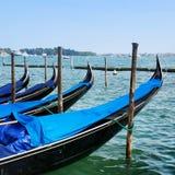 Утро в Венеции Гондолы на грандиозном канале Стоковые Фотографии RF