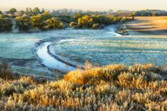 Утро живописный рассвет осени Река осени Стоковое Изображение RF
