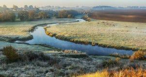 Утро живописный рассвет осени Река осени Стоковые Изображения