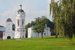 Утро Москва лета парка Kolomenskoe Стоковые Изображения