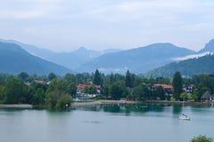 Утро на озере в Баварии стоковое фото rf