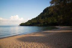 Утро на пляже на острове Rong Sanloem Koh, Камбодже Стоковое Изображение RF
