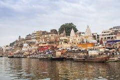 Утро на реке Ganga varanasi Индия Стоковые Фотографии RF