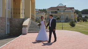 Утро свадьбы Первое собрание жениха и невеста в bridal квартирах перед свадебной церемонией видеоматериал