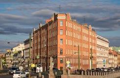 Утюг-дом в улице Sadovaya, Санкт-Петербурге Стоковая Фотография