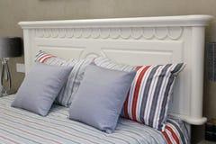 Уход за больным белой кровати Стоковые Фотографии RF