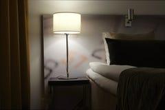 Уход за больным с лампой Стоковые Изображения RF