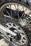 участвовать в гонке мотора детали цикла Стоковые Фотографии RF