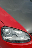 участвовать в гонке фары автомобиля Стоковое Изображение RF
