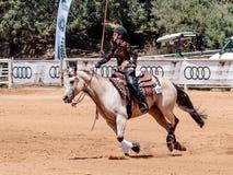 Участники в конноспортивных конкуренциях выполняют на ферме лошади Стоковое Фото