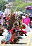 Участники маршируют в 34th ежегодный парад русалки на острове кролика Стоковая Фотография
